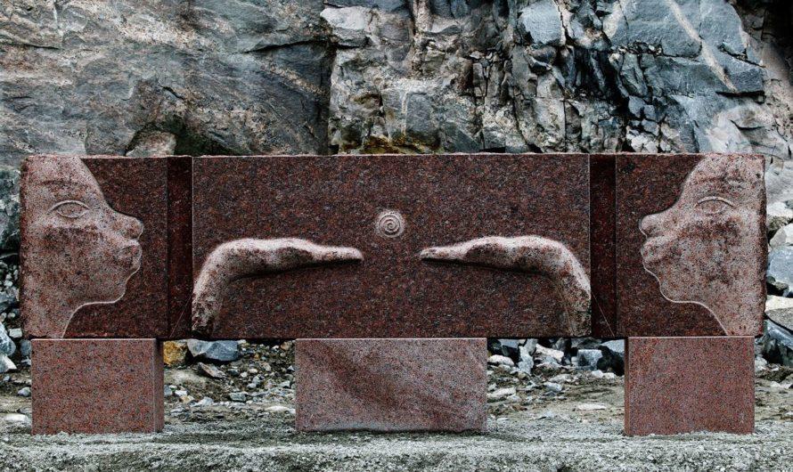 Kunstverket «Møte» på Døli